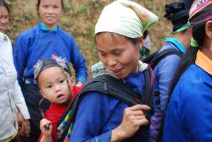 Dông Van femme Hmongs