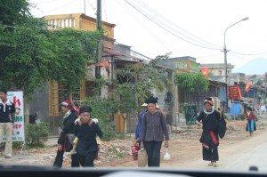 homme hmongs circuit Ha Giang - Quan Ba