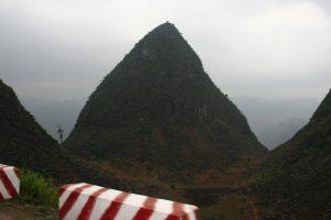 montagne pain de sucre de Don Va vietnam